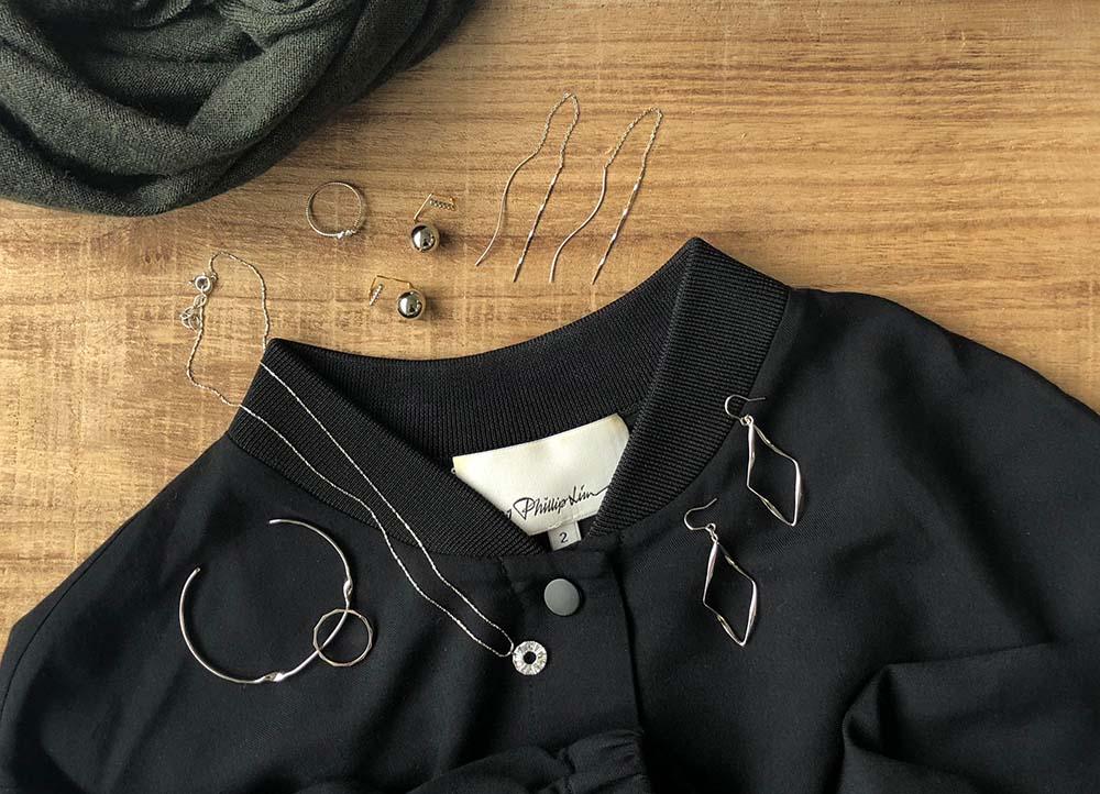 黒系ファッションとのコーデ
